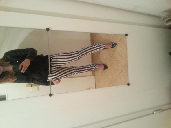 Mój styl spodnie w pasy