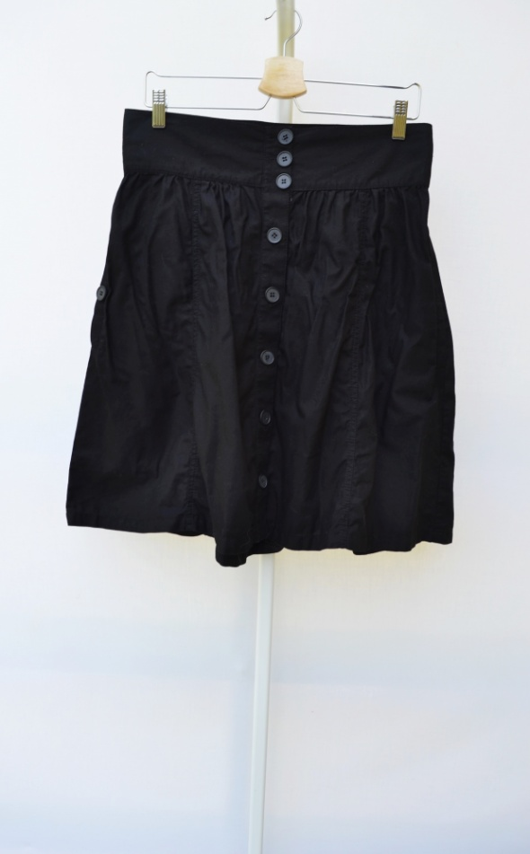 Spódnice Spódnica Czarna XL 42 H&M Guziki Rozkloszowana