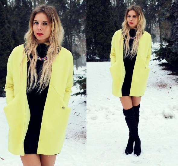 Blogerek Żółty płaszcz z pianki