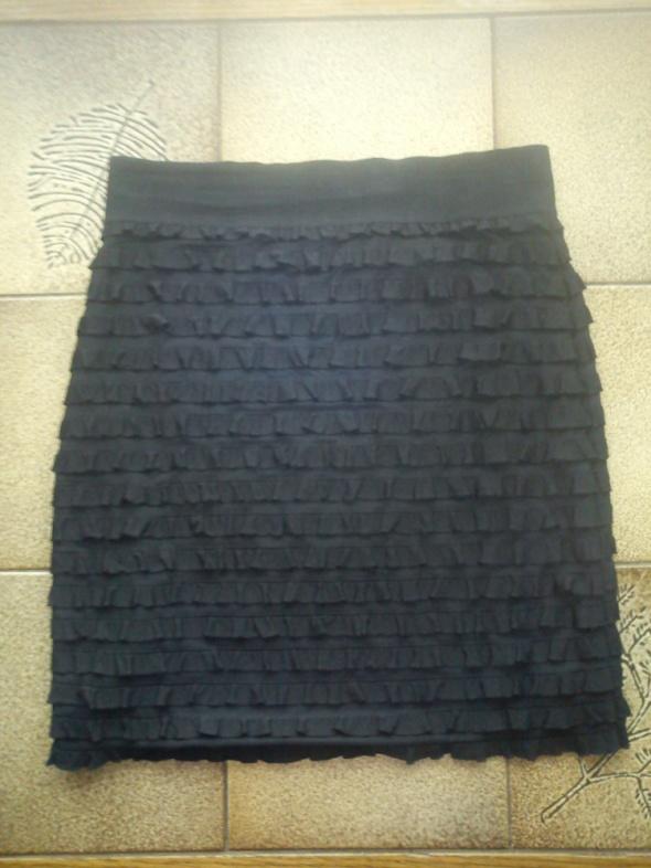 Spódnice Czarna mini HM z falbankami SM