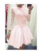 koronkowa rozkloszowana sukienka