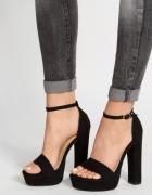 sandalki na platformie Claudia