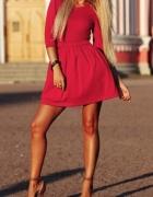 rozkloszowana koralowa czerwona sukienka mini...