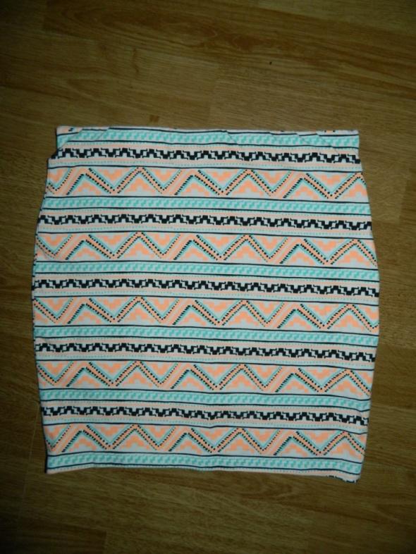 Spódnice BERSHKA mini spódniczka wzorek roz 34 36