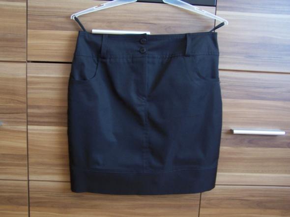 Spódnice czarna spódnica z kieszeniami