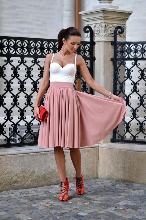 Usztywniane body H&M białe ecru śmietankowe 2014...