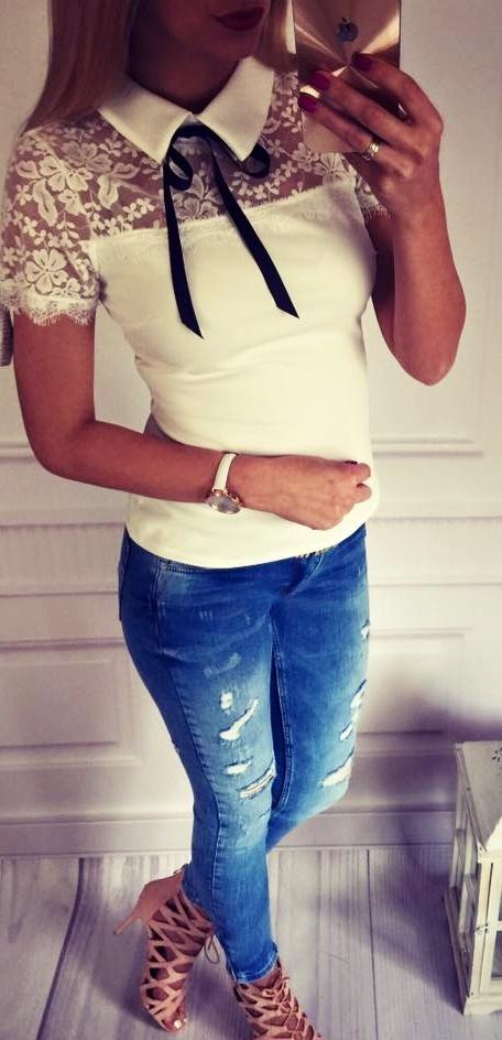 Biała bluzeczka z kokardką