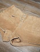 Zamszowe szorty spodenki frędzle skóra naturalna