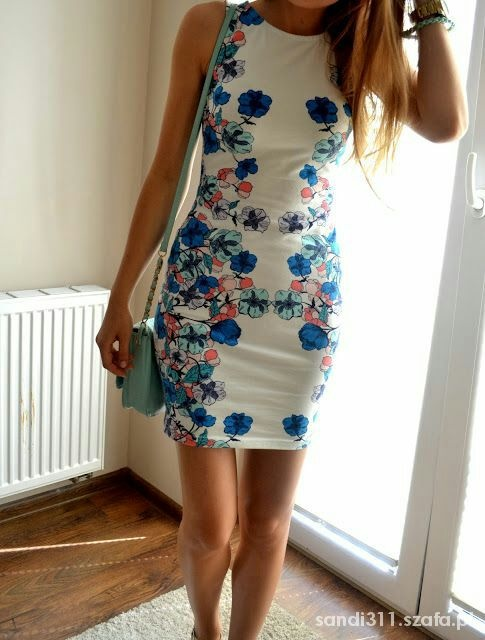 poszukuję sukienkę