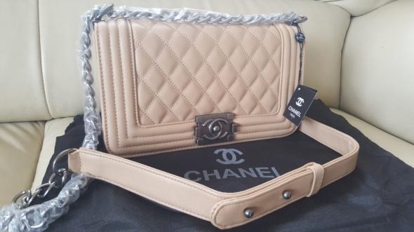 Torebka Chanel boy medium nowa gratis wysyłka