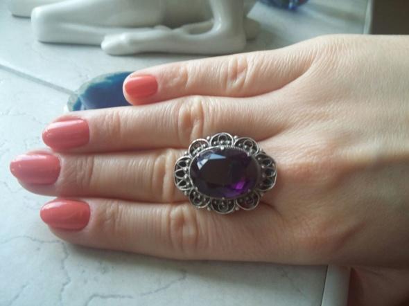 stary srebrny pierścionek filigran