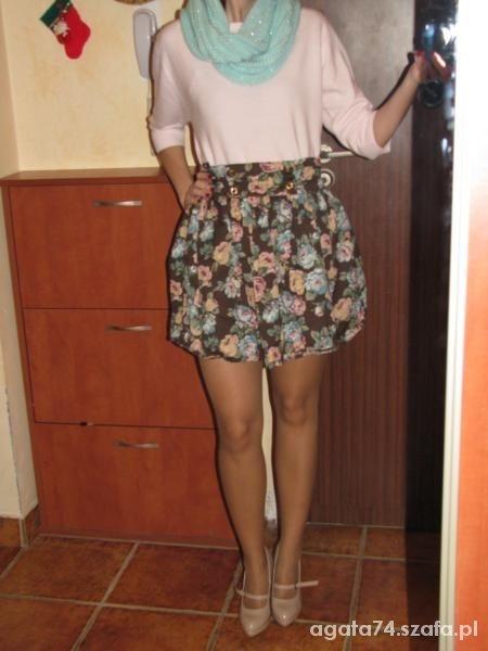 Mój styl kolejna spodnica w kwiaty