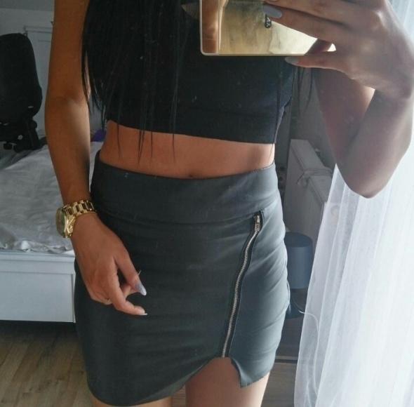 Spódnice mini spódnica skórzana z zamkiem nowa
