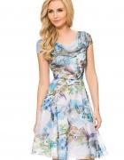 Sukienka ORSAY w kwiaty...