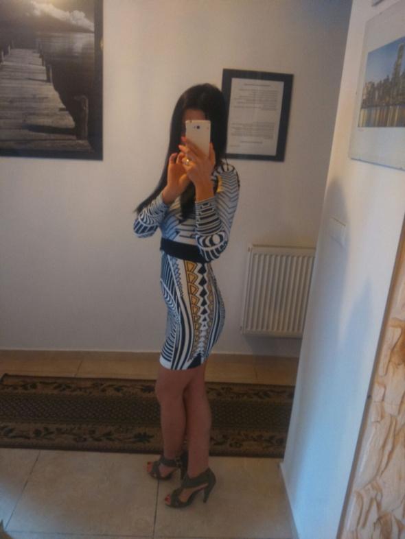 Imprezowe Seksowna sukienka mini
