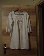 biały sweter Camaieu