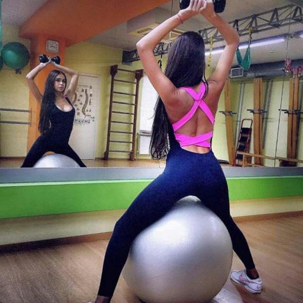Sportowe sportowa stylizacja fitness