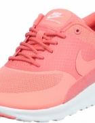 Nike Ari max thea...