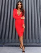 Sukienka czerwona sexy...