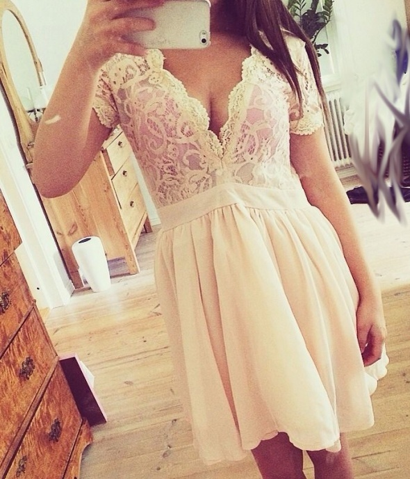 2cfd85c25c Missguided sukienka Asos nowa koronkowa dekolt v w Suknie i sukienki ...