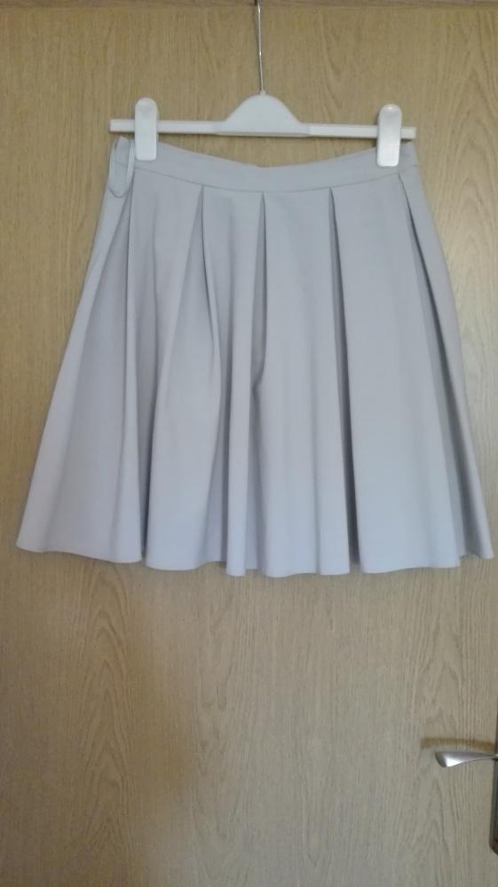 d6b11f59 Szara rozkloszowana spódnica Mohito w Spódnice - Szafa.pl