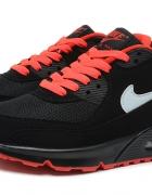 Nike Air Max 90 z pomarańczowymi wstawkami