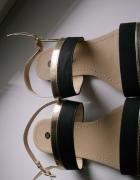 Śliczne sandały nowe TANIO
