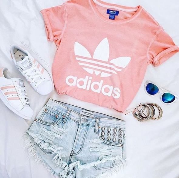 adidas superstar...