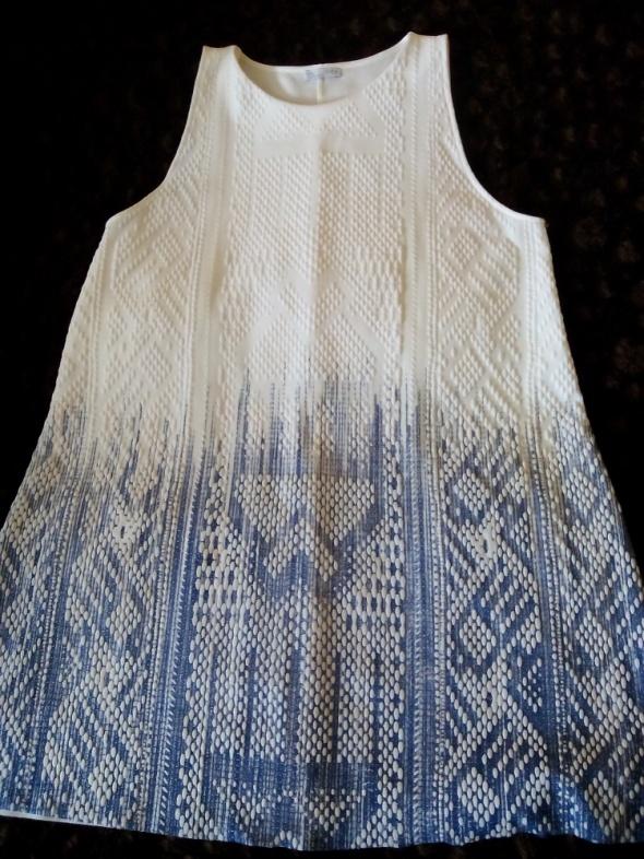 biało niebieska sukienka zara