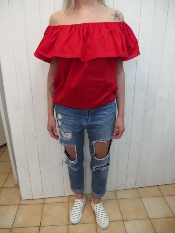 Codzienne krwista czerwona hiszpanka bluzka z falbanką jeans