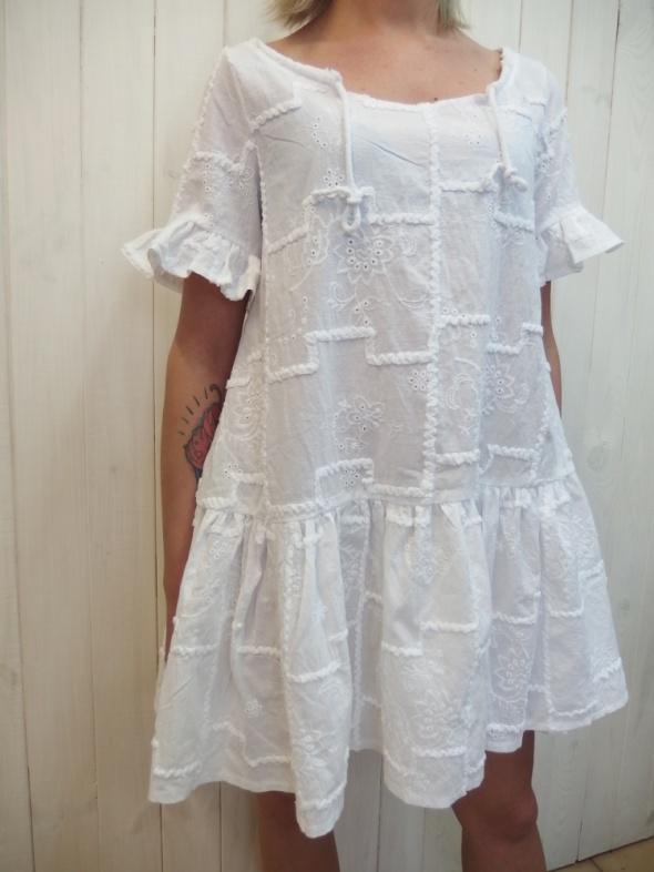 Codzienne piękna biała haftowana sukienka lato 2016