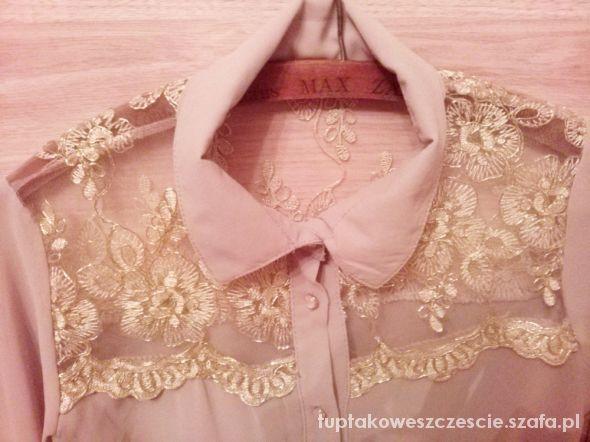 Piękna koszula ze złotymi wstawkami