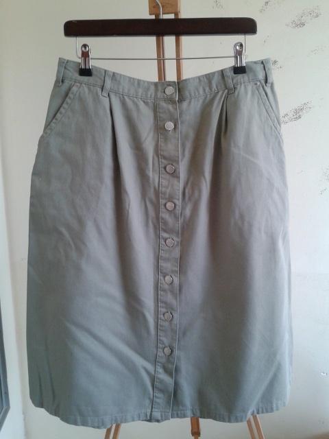 Spódnice spódnica sportowa khaki 18