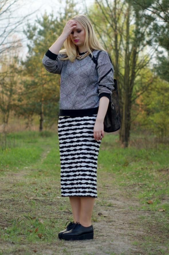 Blogerek blacka and white