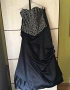 Suknia balowa z gorsetem...