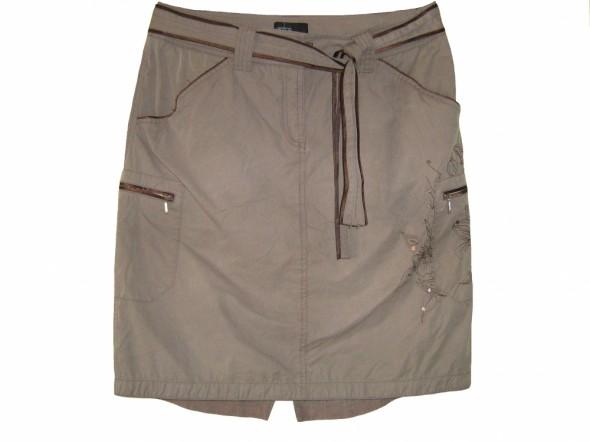Spódnice spódnica kieszenie dłuższy tył roz 42
