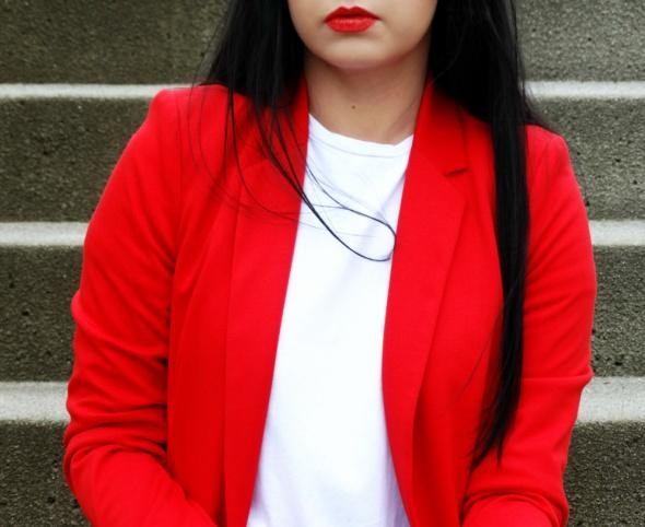 Mój styl Czerwona marynarka na 2 sposoby