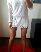 Lekka biała sukienka na gorące dni