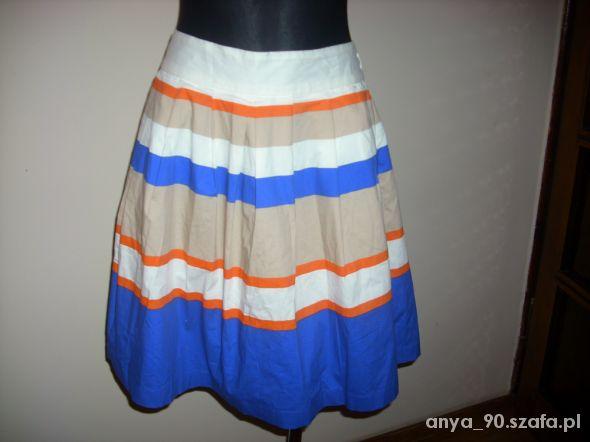 Spódnice Spódnica kloszowana zakładki S na M