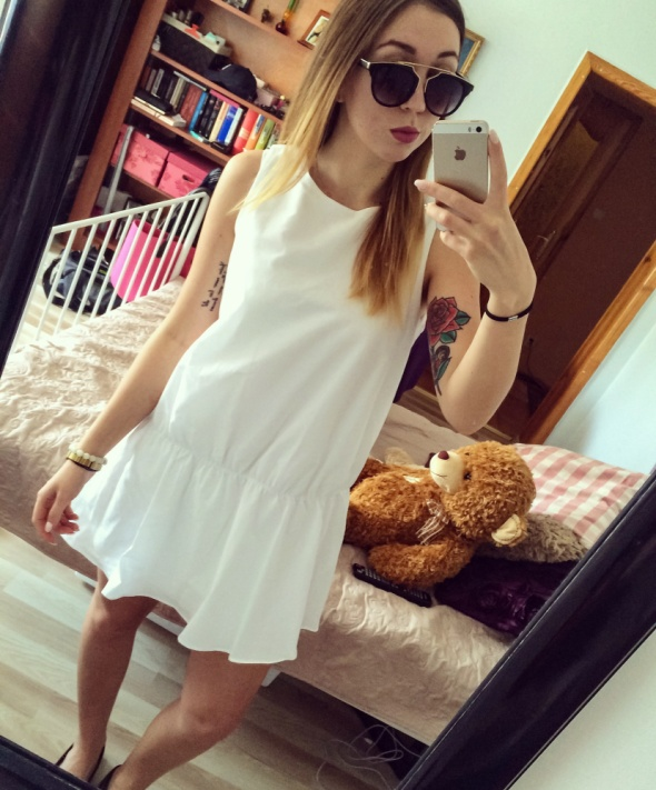 Codzienne White dress