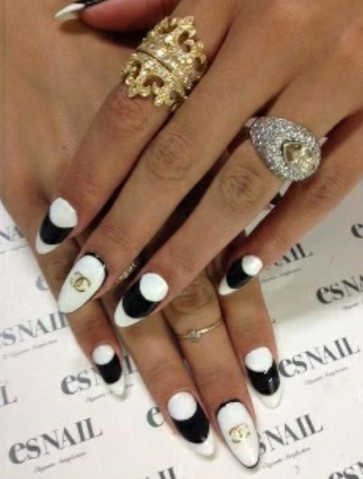 Styl Chanel Biało Czarno Eleganckooo W Paznokcie Szafapl
