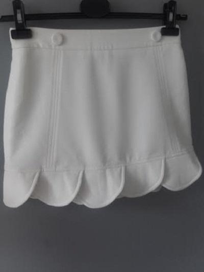 spódniczka ASOS biała zdobiona 36
