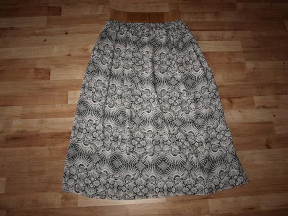 Spódnice Spódnica letnia 42