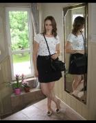 Trapezowa spódnica i tshirt