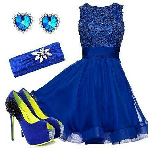 Na specjalne okazje sukienka niebieska