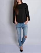 Czarna bluzka z peleryna