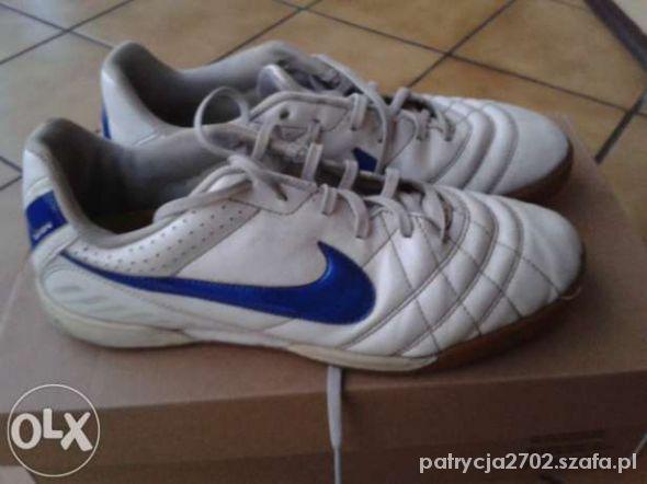 Sportowe Adidasyhalówki NIKE