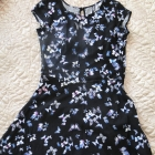 Sukienka w motylki
