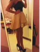 Poszukiwana czarno złota sukienka gorsetowa...