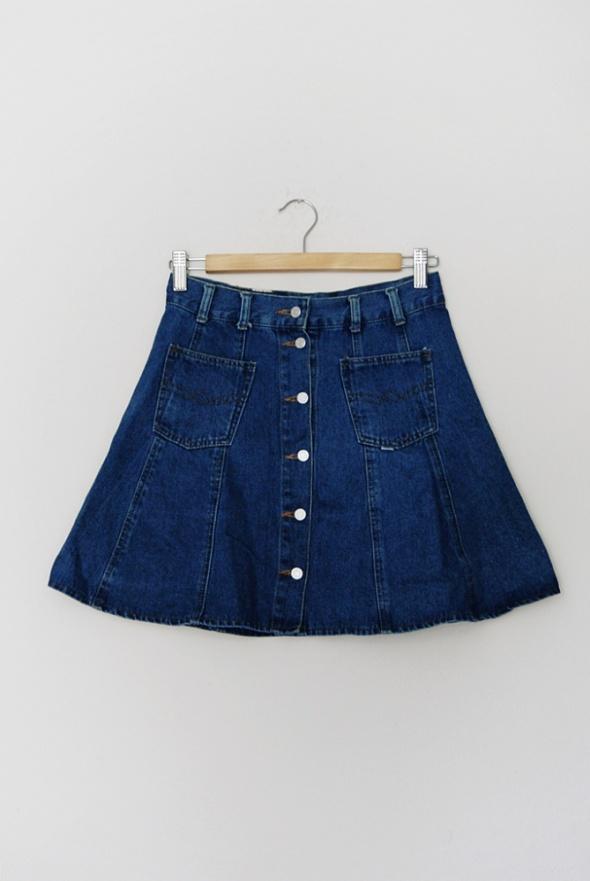 e50d12fd jeansowa trapezowa spódniczka z guzikami w Spódnice - Szafa.pl